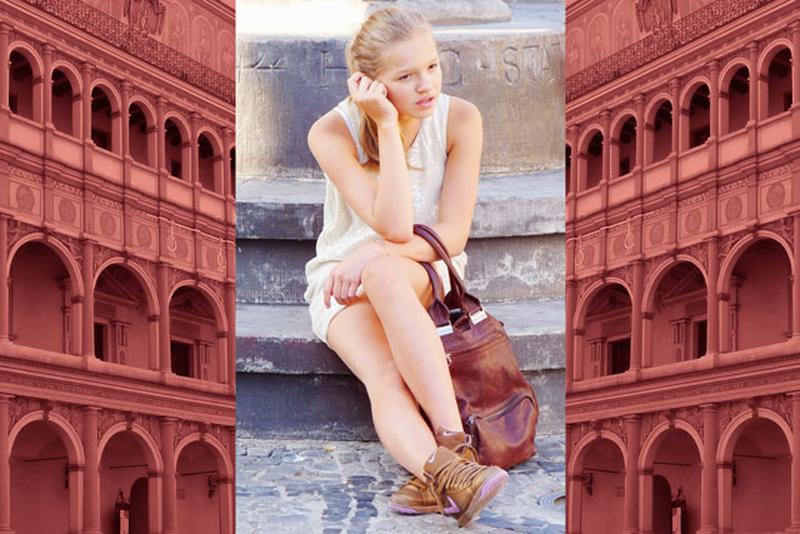 Dziewczyna na St. Rynku w Poznaniu