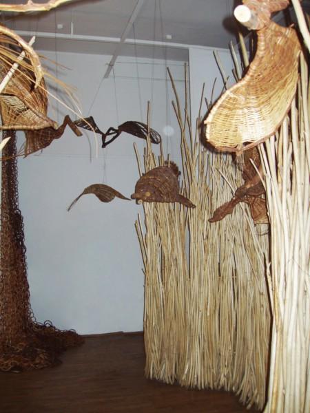Jędrzej Stępak – Podróż do..., fragment instalacji, Gniezno, 2005